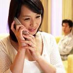 美熟女の五十路妻が夫の親友に抱かれ涙をこぼしながら感じまくる! 安野由美