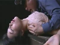 【ヘンリー塚本】美人捕虜が独裁軍人達に媚薬漬にされ次々レイプ