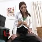 【無修正】美熟女OLの黒パンスト破って挿入!ハメ撮りセックス!