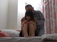 【悲劇】父娘家庭となった父と娘、間違った道へ進んでしまう......