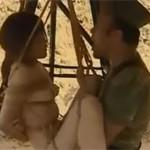 【ヘンリー塚本】前線で捕らえた女性捕虜が縛り吊るされ挿入され続ける