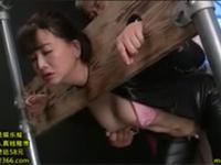 浅井舞香 熟女捜査官が復讐のため単身乗り込むも返り討ち拷問プレイ!
