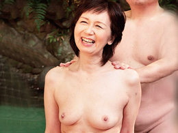 長年寄り添ってきた還暦超えの熟年夫婦が仲良く温泉旅行で昔のようにまぐわうオムニバス