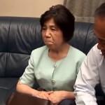 【無修正】高齢熟女 七十歳の生保オバサン最年長枕営業?で契約ゲット!xvideos