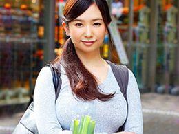 「乳でかっ! 」買い物中の92cmGカップ巨乳の若妻さんをナンパGET、ホテルハメ!