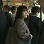 【ヘンリー塚本】痴熟女は全裸にコート姿でバス逆痴漢!性器を触り合う 浅井舞香xvideos