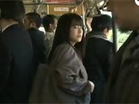 【ヘンリー塚本】痴熟女は全裸にコートでバスに乗り逆痴漢で性器を触り合う 浅井舞香xvideos