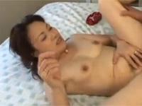 【無修正】 五十路のチンポ大好きオバちゃんと丸見え中出しセックス!xvideos