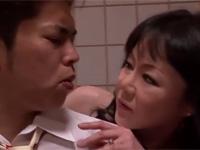 五十路熟女が妹と旦那を交換しセックスする