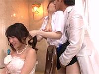 花嫁の目の前で花婿がメイクさんと堂々と浮気セックス!?