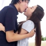 【モニタリング】美人な奥さんとウブな男子学生がキスだけで恋に落ちて年の差セックス!