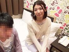 「私みたいなおばさんでいいの?」30日間オナ禁した童貞クン筆おろしチャレンジ!