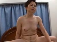 【無修正】六十路の熟女母とオフロに入ってセックス! lucky son japanese xvideos