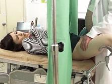 「先生…これって診察ですか...?」悪徳産婦人科医が検査で来た若妻に子種注入!