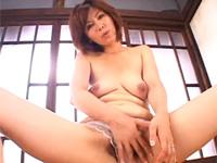 僕ちゃんの好きなオッパイでちゅよ♪四十路美熟女カメラ目線赤ちゃんプレイセックス!翔田千里