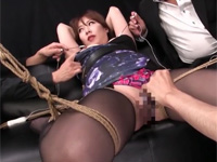 相浦茉莉花 四十路セレブ熟女が縛られ両乳首とマ○コを同時に器械で責められ絶頂!