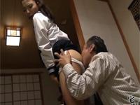 【ヘンリー塚本】不良教師と不良少女が軽ワゴンでホテルへシャワーも浴びずクンニ開始