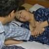 【ヘンリー塚本】体が疼く熟女未亡人は娘の夫に頼んで抱いてもらう