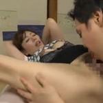 翔田千里 秘密を持つ美熟女義母との激しい近親相姦セックス!