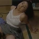 【ヘンリー塚本】溜まってる熟女はファッキングマシーンを自作してまで激しくマスをかく