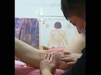 【無修正】中国の整体師が女性客に性感マッサージの末に中出しセックスもキメちゃう一部始終【個人撮影】