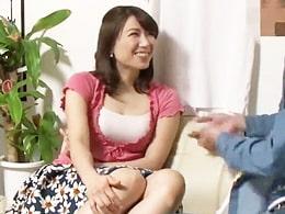 人妻ナンパ ★ むちむちぷりんの奥さんをヤり部屋に誘って浮気セックス!