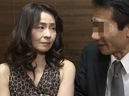 【ヘンリー塚本】妻が他人にマラをハメられているのを覗いて興奮する旦那 麻生千春