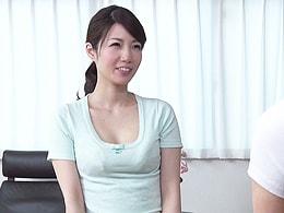 オレの可愛い妻が見知らぬ男2人とイチャイチャ3Pセックスしてる! 清城ゆき