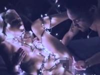 【無修正】ライトでグルグル巻きにした美女と幻想的なセックス