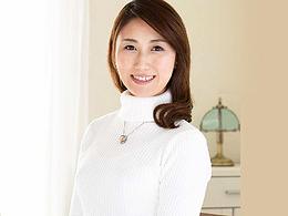 【初撮り熟女】笑顔が爽やか!清楚なスレンダー三十路妻がAVデビュー! 姫路さとみ