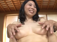 【初撮り熟女】五十路の性欲絶頂奥さんが初撮影で恥ずかしい格好!吉野かおる