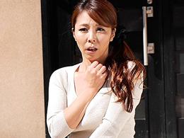 「ふあぁっ!?」尋常じゃない巨根にマ○コを捧げる四十路妻! 矢吹京子