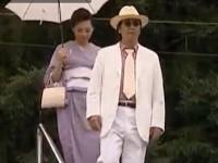 【ヘンリー塚本】和服脇毛美女とチンピラが旅先でハメまくる 公衆トイレで