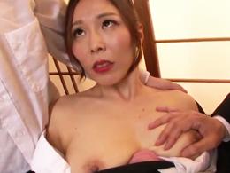 喪服姿でアナル輪姦セックスを懇願するマジキチ四十路未亡人! 矢吹京子