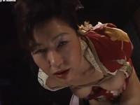 里中亜矢子 六十路の和服熟女を縛って吊るして電マやディルドゥで責めまくり絶頂しまくり