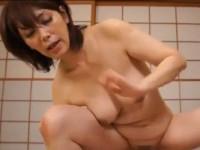 翔田千里 五十路熟女がオナってたら息子に見つかりヤケクソで誘って近親相姦セックス!