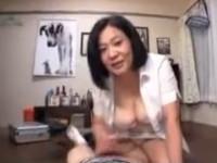 愛田正子 五十路豊乳熟女がTE○GA的グッズ体当たり販売!気持ちいいですかおっぱい触りますか?