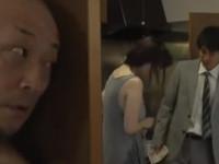 【ヘンリー塚本】夫が出勤直後に不倫相手とセックス開始しかし途中で夫が戻ってきた!