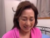 【高齢熟女】お婆ちゃんは七十歳になり夫の介護も終わったのでAV復帰!高畑ゆり
