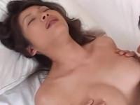 【無修正】母さんとセックスしたら超良かったので拝み倒してもう一回!友田真希
