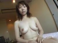 【無修正】ショート四十路のエロい熟女とハメ撮りセックス!